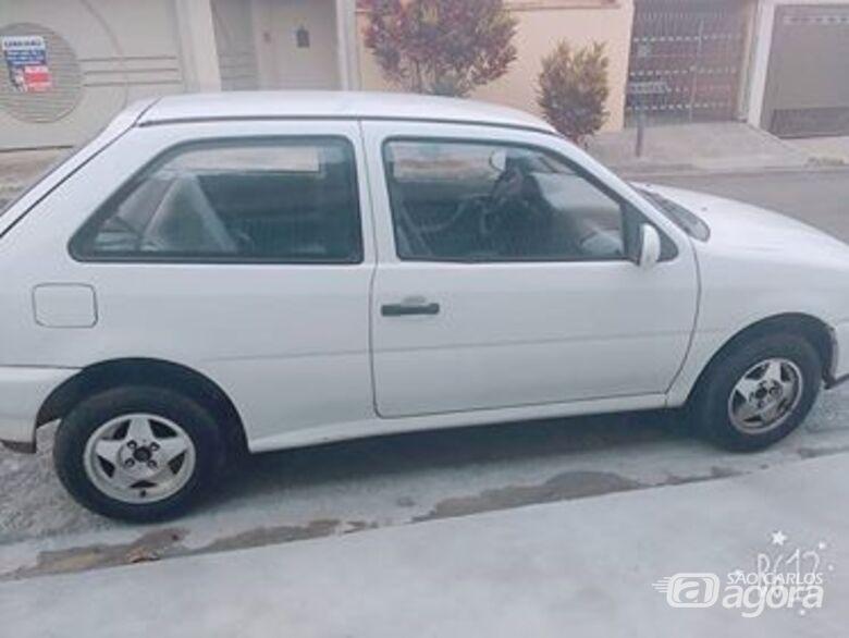 Proprietária pede ajuda para encontrar carro furtado na região da Santa Casa -