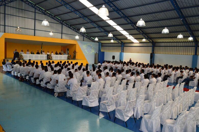 Jovens farão o juramento a Bandeira em Ibaté - Crédito: Divulgação