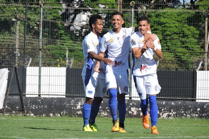 Lobão conquistou terceira vitória seguida; clube ocupa o terceiro lugar do Grupo 4 - Crédito: Gustavo Curvelo/Divulgação
