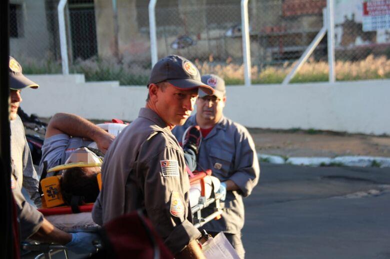 Motociclista fica ferido após colisão na Vila Prado - Crédito: Maycon Maximino