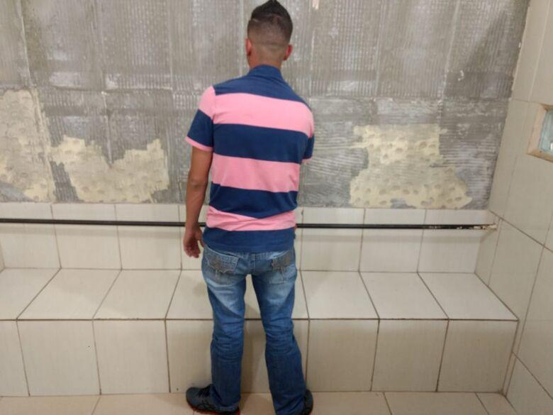 Polícia Militar prende acusado de roubo - Crédito: Luciano Lopes