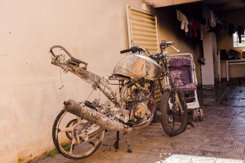 Ex é acusado de atear fogo em motocicleta na Vila Prado - Crédito: Marco Lúcio