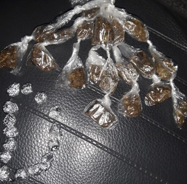 Travesti é acusada de tráfico de drogas - Crédito: Divulgação