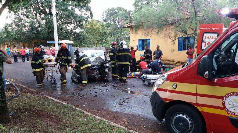 Grave acidente mata uma pessoa em cidade da região - Crédito: Beto Garcia/TVM