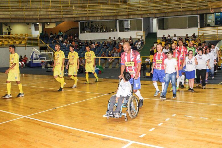 São Carlos Futsal faz história, bate Araraquara e está na semifinal da Copa Record - Crédito: Joyce Batistta