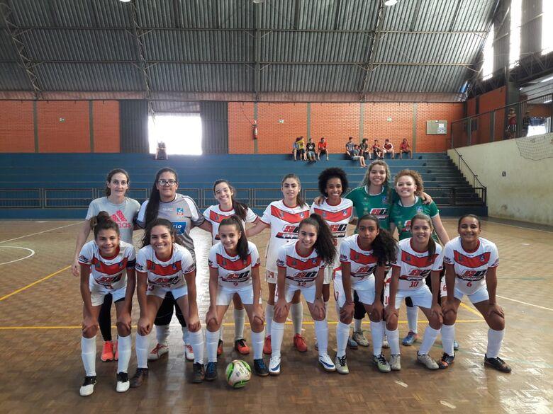 Meninas do sub15 goleiam, mas sub13 perde a invencibilidade - Crédito: Marcos Escrivani
