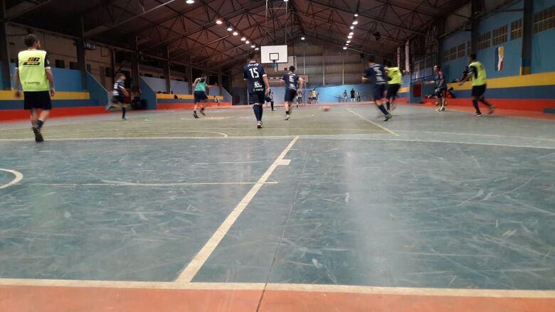 São Carlos Futsal treina e confia na classificação para a série ouro - Crédito: Marcos Escrivani