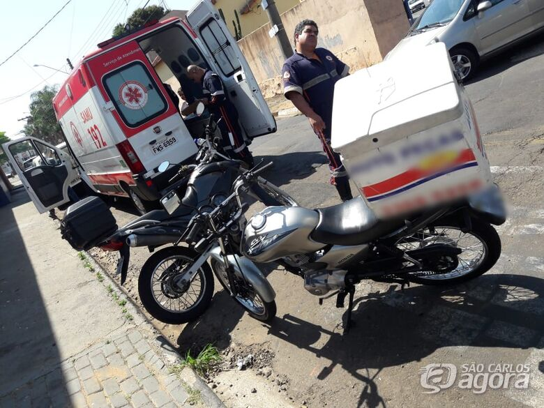 Ao sair de posto, motorista provoca acidente na Getúlio Vargas - Crédito: Maycon Maximino