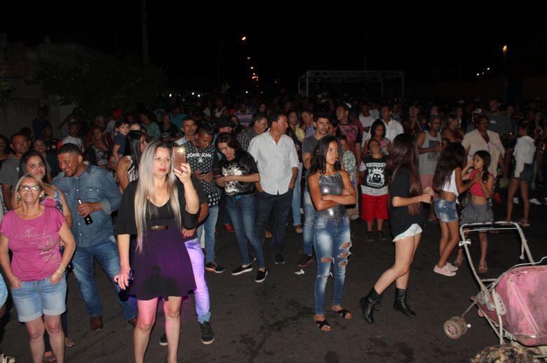 Grande festa popular agita o grande Cidade Aracy - Crédito: Abner Amiel/Folha São Carlos e Região