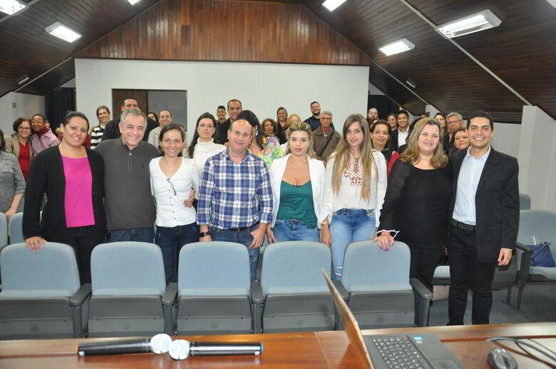 Empresários e empreendedores participam de palestra na Acisc - Crédito: Divulgação