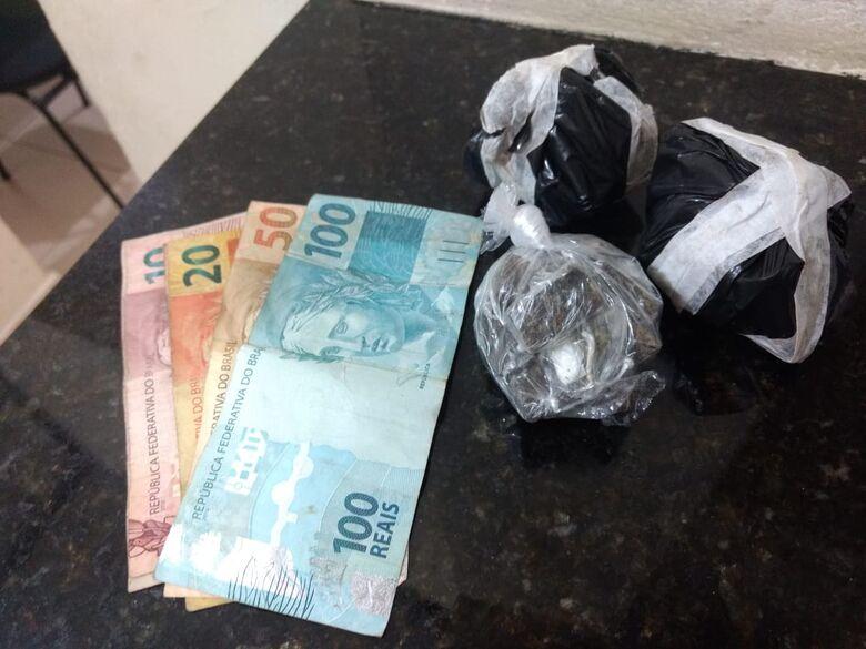 Desocupado é detido com drogas pela PM no Romeu Tortorelli - Crédito: Luciano Lopes