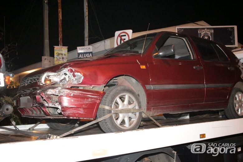 Acusado de embriaguez, motorista provoca colisão - Crédito: Marco Lúcio