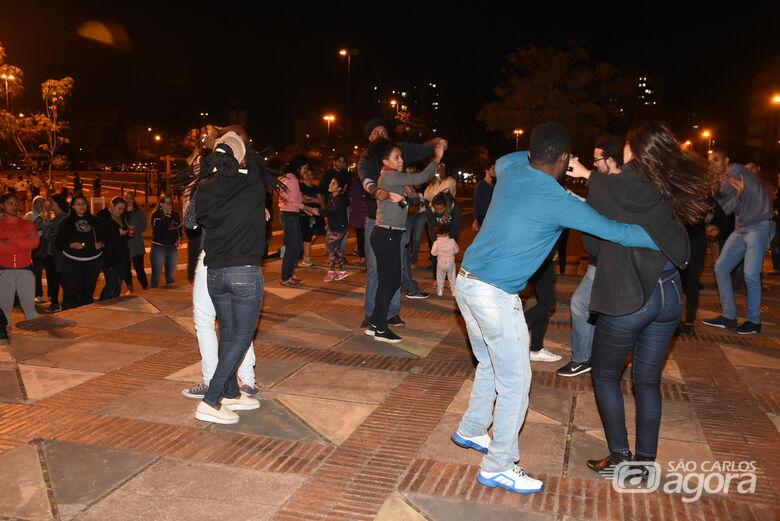 Baile para Todos agita a Praça da 15 - Crédito: Divulgação