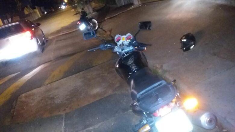 """Motoboy """"detona"""" estado de rua no Cidade Jardim - Crédito: Arquivo Pessoal"""