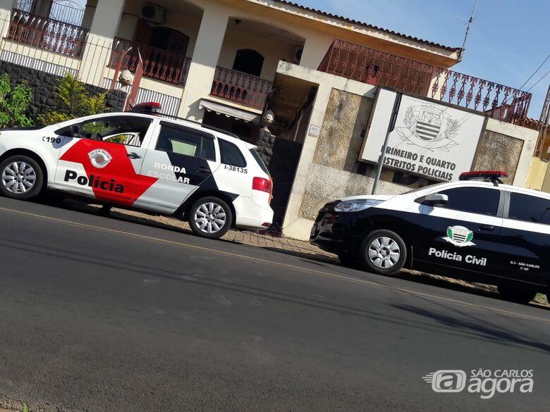 Trio assalta empresário na Vila Isabel e faz funcionários reféns - Crédito: Arquivo/SCA