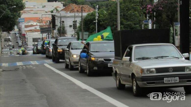 Carreata em apoio a Bolsonaro acontece neste domingo em São Carlos - Crédito: Folha SCR