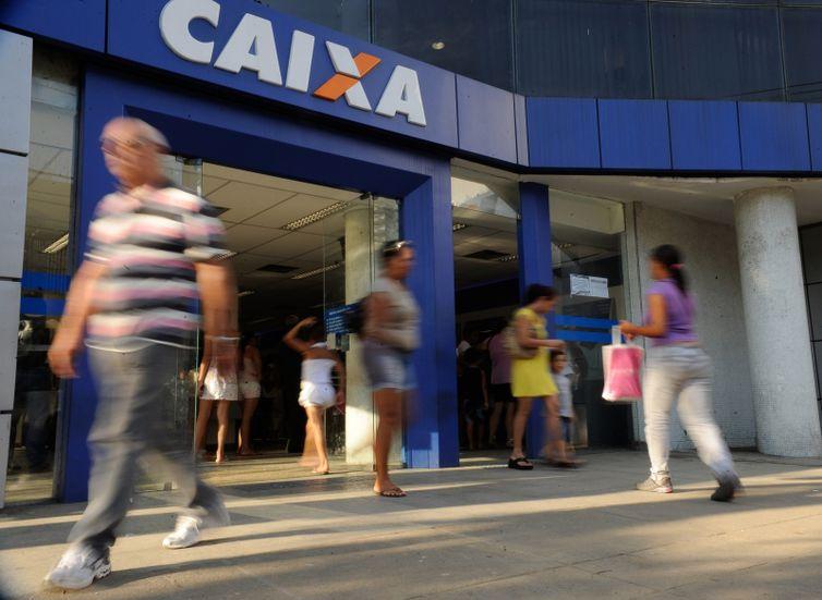 Cotistas com menos de 60 anos têm última semana para sacar PIS/Pasep - Crédito: Tânia Rego/Agência Brasil