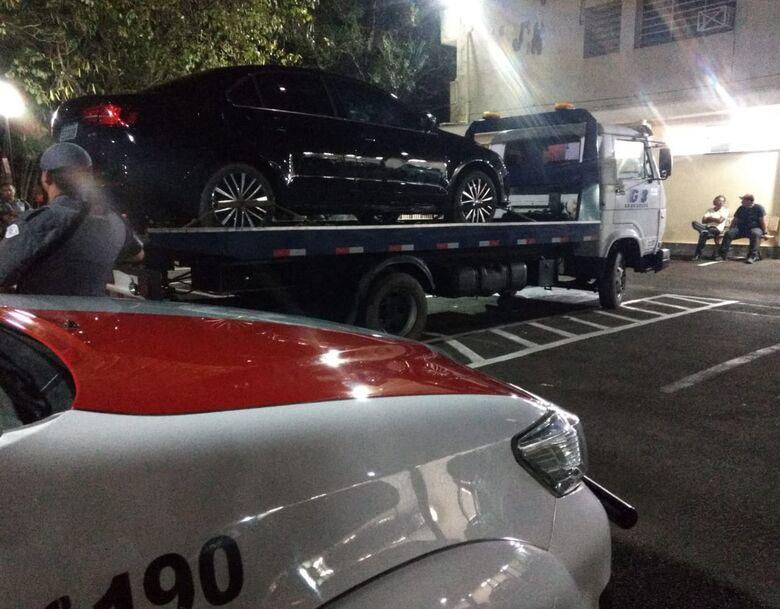 Irmãos adolescentes envolvidos em roubo de carro são apreendidos pela PM - Crédito: Luciano Lopes