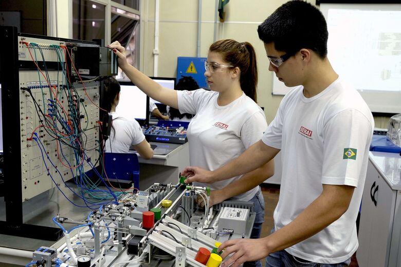 Geração de emprego sobe na Indústria da região e atinge melhor resultado do ano - Crédito: Divulgação