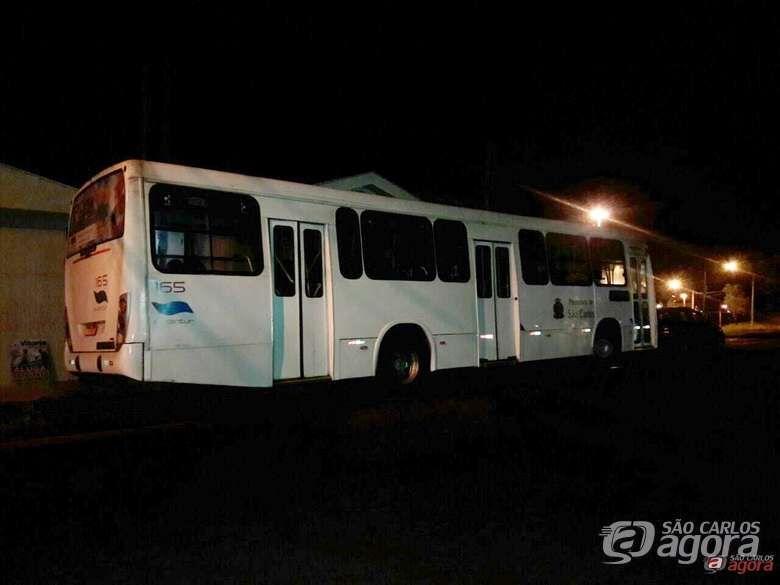 Dupla assalta ônibus no Cidade Aracy - Crédito: Arquivo SCA