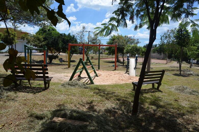 Empresa será contratada para consertar playgrounds - Crédito: Divulgação