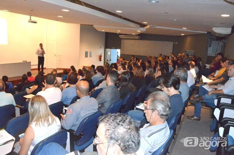 Prefeitura lança FIC Online II durante Seminário de Práticas de Licenciamento Empresarial - Crédito: Divulgação