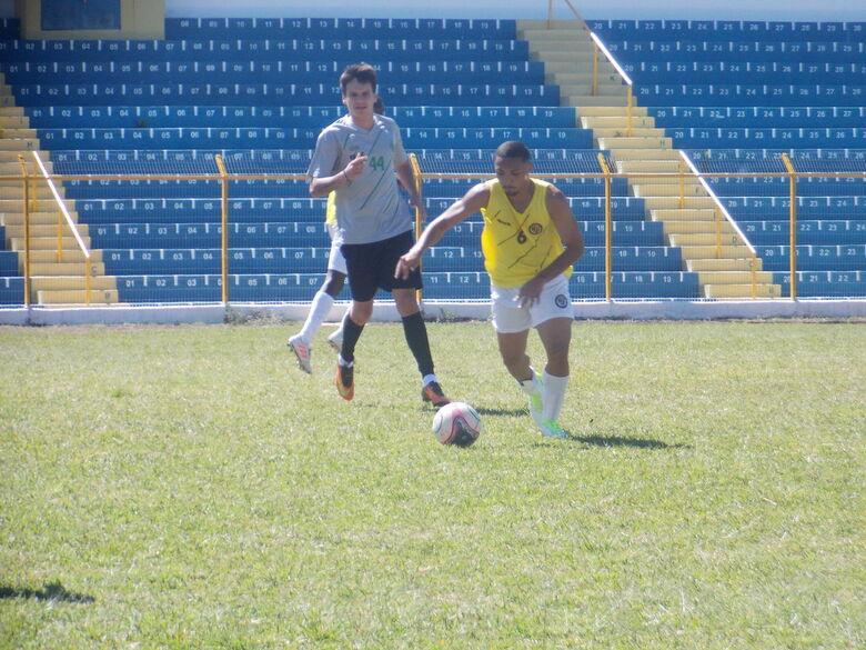São Carlos fez jogo-treino contra o Sertãozinho - Crédito: Rovanir Frias/SCFC