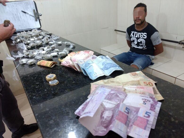 Homem é flagrado com maconha e crack no Jóquei Clube - Crédito: Luciano Lopes