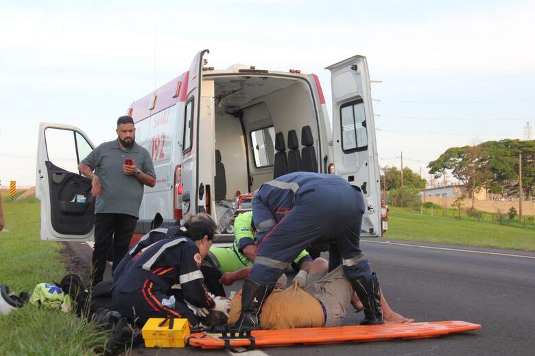 Idoso sofre ferimentos graves após ser atropelado por carro na Washington Luis - Crédito: Maycon Maximino