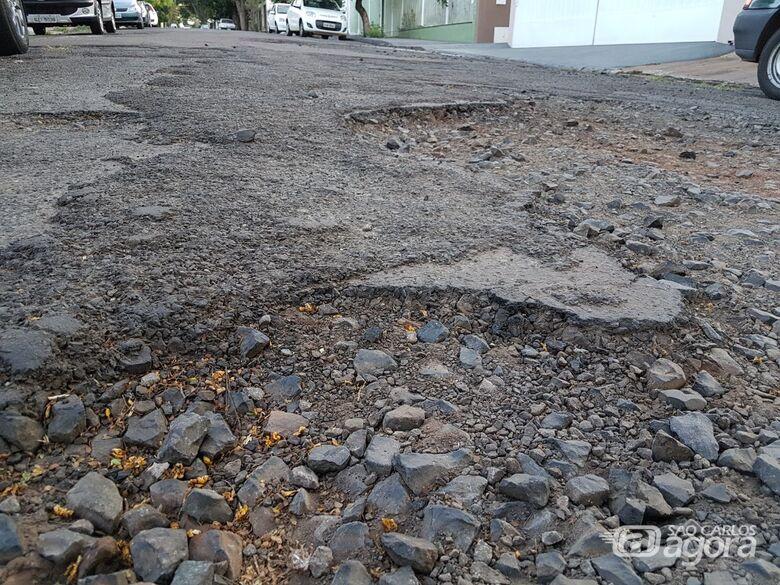Rua esfarela no Santa Paula e trânsito fica perigoso - Crédito: Divulgação