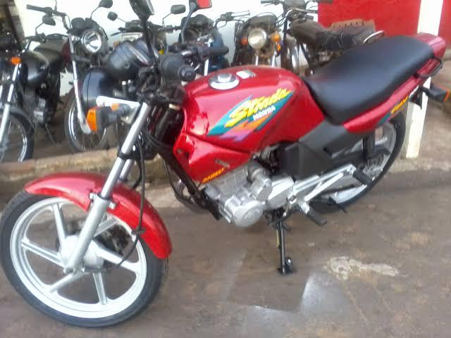 Ladrão furta moto no Santa Felícia e proprietário pede ajuda - Crédito: Divulgação