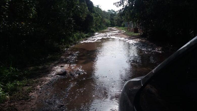 """Chuva causa """"noite de pavor"""" no Aracê de Santo Antonio - Crédito: Divulgação"""