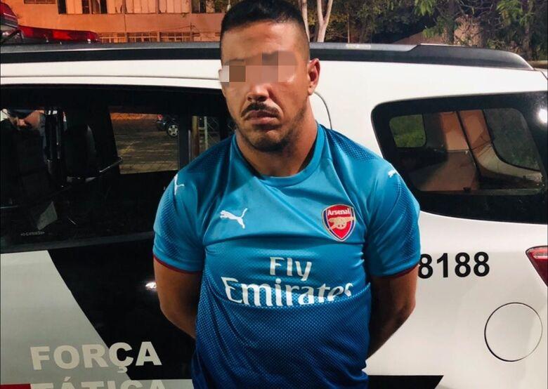 Durante prisão, acusado de tráfico tenta subornar a PM - Crédito: Divulgação
