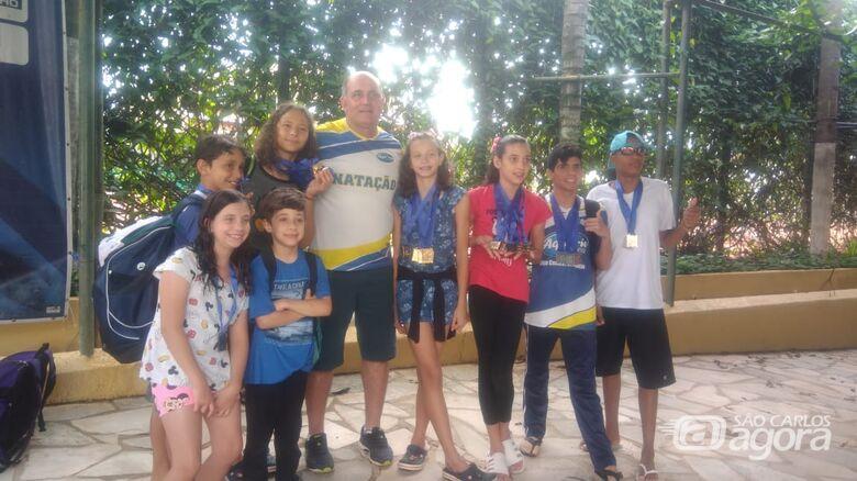 Em Ribeirão Preto, natação são-carlense brilha e é pódio 21 vezes - Crédito: Divulgação