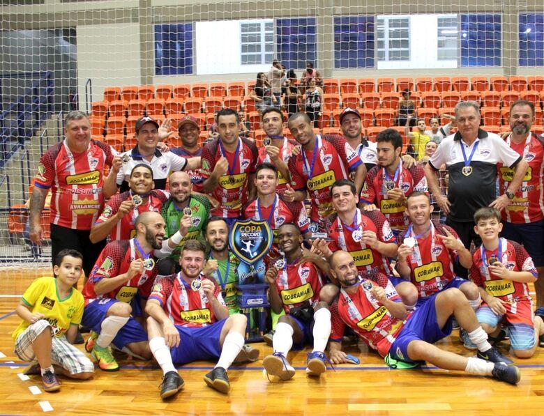 "No ""alçapão"" de Bebedouro, São Carlos Futsal conquista título inédito - Crédito: Joyce Batistta"