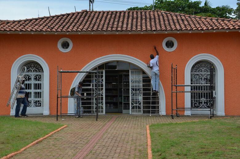 Fios de energia da Biblioteca Amadeu Amaral são furtados - Crédito: Divulgação