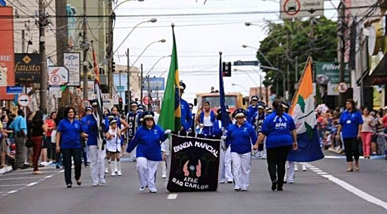 São Carlos comemora 161 anos com desfile cívico e programação especial - Crédito: Arquivo SCA