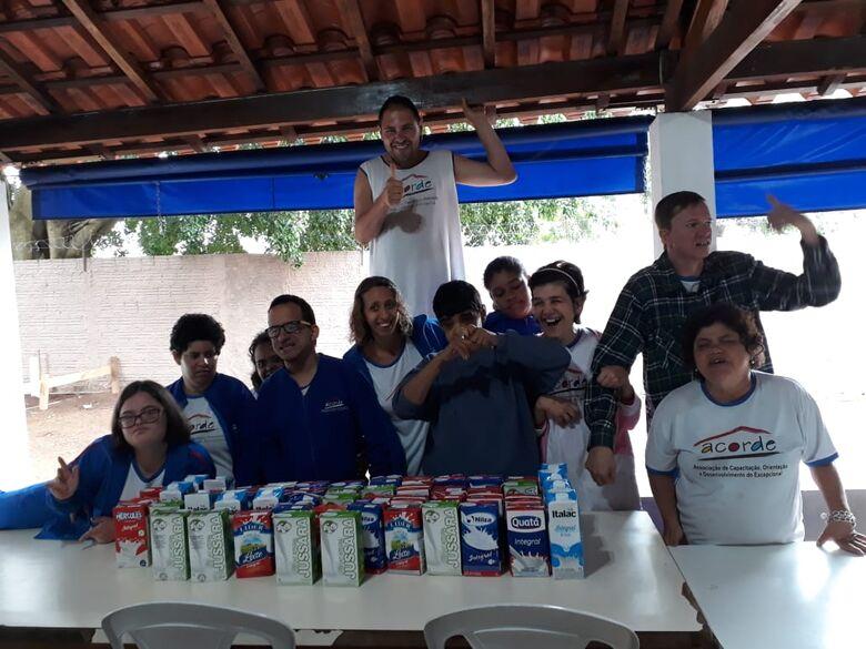 Campeonato de Verão da AABB arrecada leite para a Acorde - Crédito: Divulgação