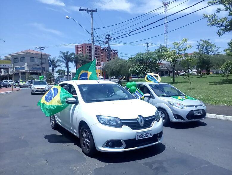 Atos a favor e contra Bolsonaro marcam o final de semana em São Carlos - Crédito: Marco Lucio
