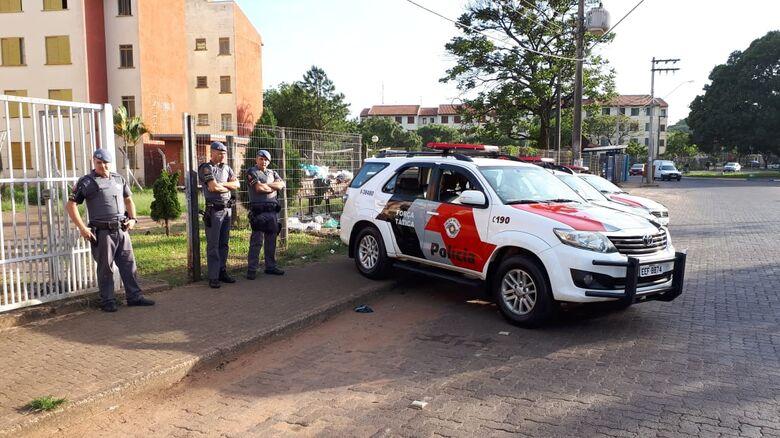 Polícia Civil e Militar fazem operação no CDHU - Crédito: Divulgação
