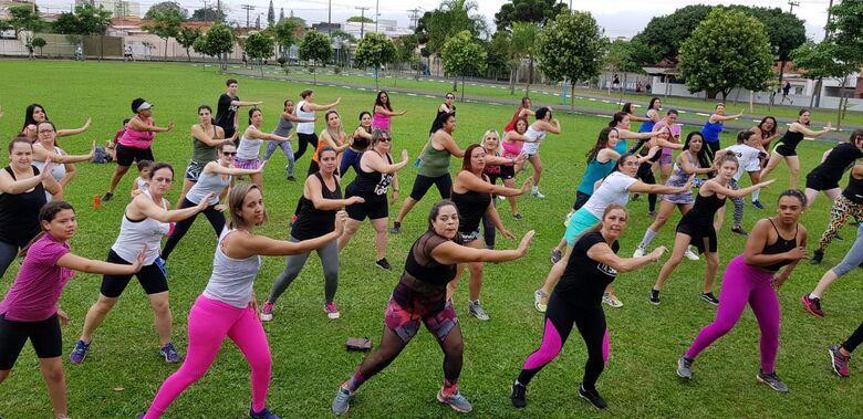 Festival de Zumba coloca público para dançar na Fesc - Crédito: Divulgação