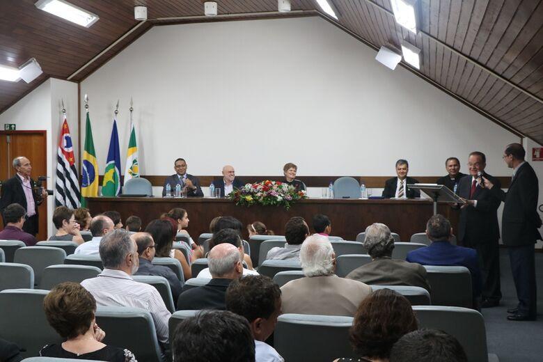 """Eurípedes Sales recebeu título de """"Cidadão Honorário de São Carlos"""" - Crédito: Divulgação"""