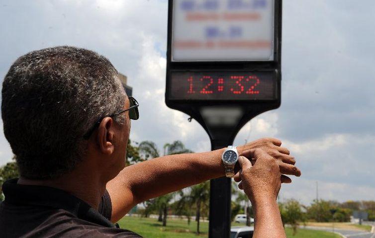 Com Enem, horário de verão começa no dia 18 de novembro - Crédito: Agência Brasil