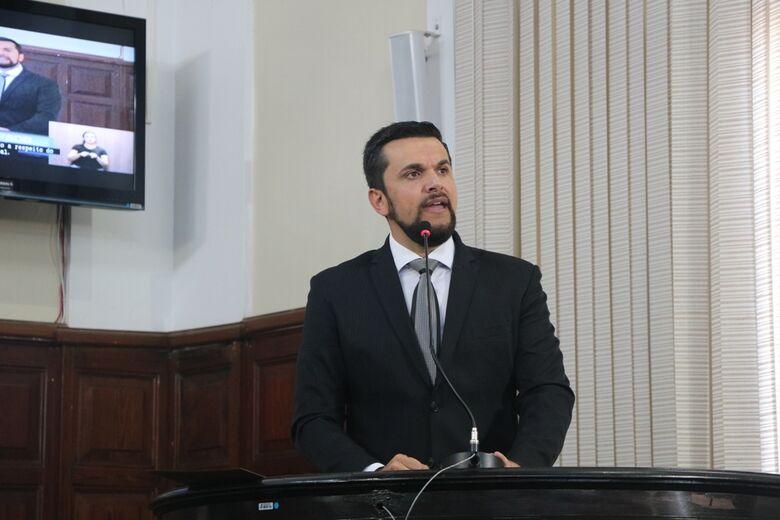 Câmara realiza sessão comemorativa ao Dia do Servidor Público no Teatro Municipal - Crédito: Divulgação