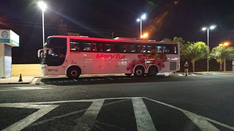 Passageiros que retornavam de excursão passam mal e são levados para hospital - Crédito: Araraquara 24 h