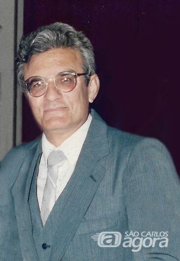 O Professor Walter Blanco da Escola Paulino Carlos - Crédito: Cirilo Braga/Álbum de família