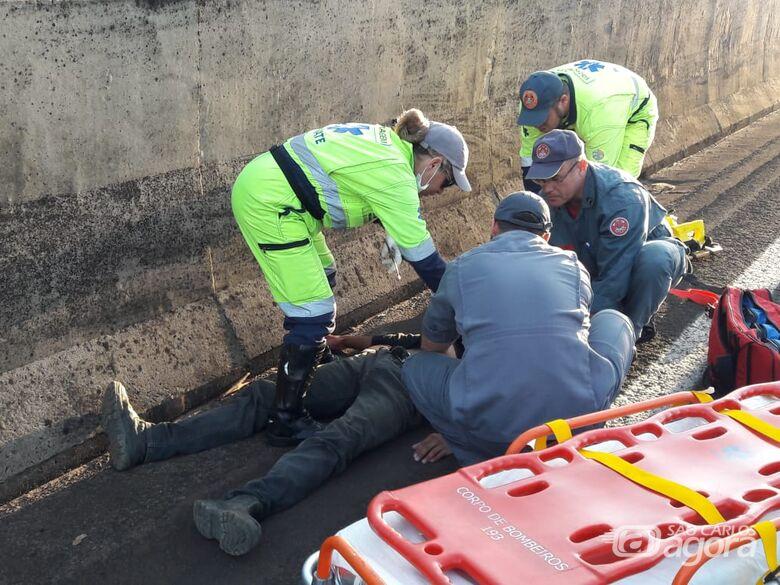 Dois acidentes envolvendo motos causam congestionamento na WL; três feridos - Crédito: Maycon Maximino