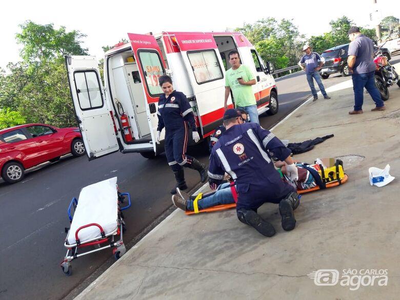 Colisão traseira deixa motociclista ferido - Crédito: Maycon Maximino