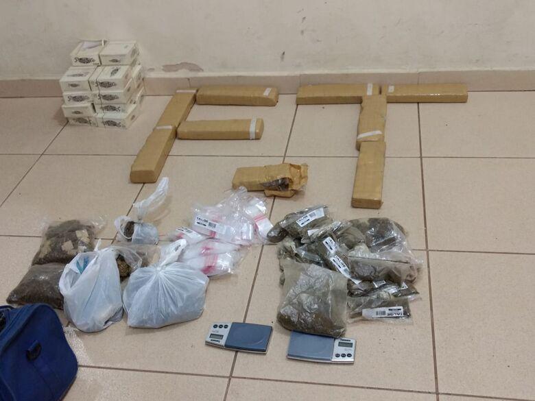 Força Tática encontra mais de 10 quilos de maconha em residência no Monte Carlo - Crédito: Luciano Lopes