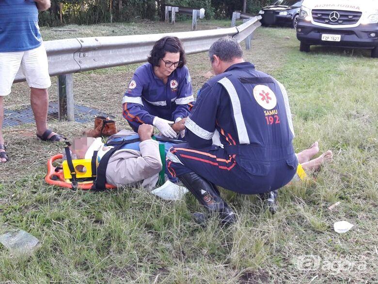 Colisão traseira deixa um ferido em alça de acesso - Crédito: Maycon Maximino